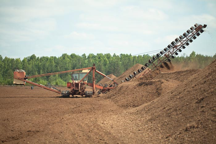 peat moss mining