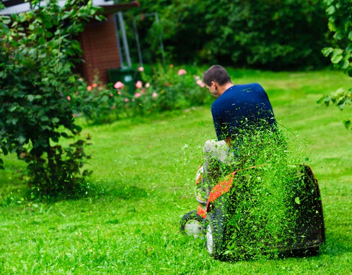 benefits of electric riding lawn mowers